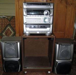 Andover Yankee Trader - stereo