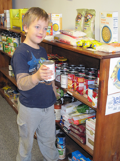 Boy Scouts Help Andover Food Pantry