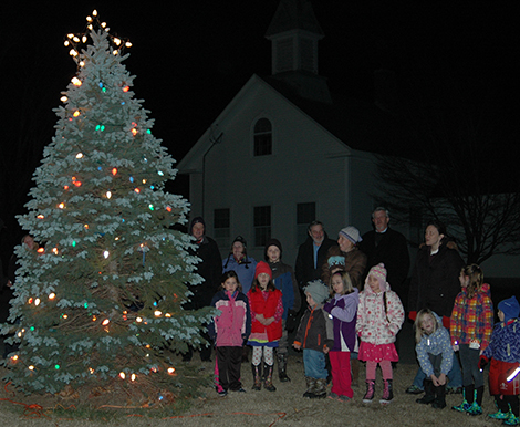 Andover Lions and Andover Girl Scouts Light the Town Christmas Tree