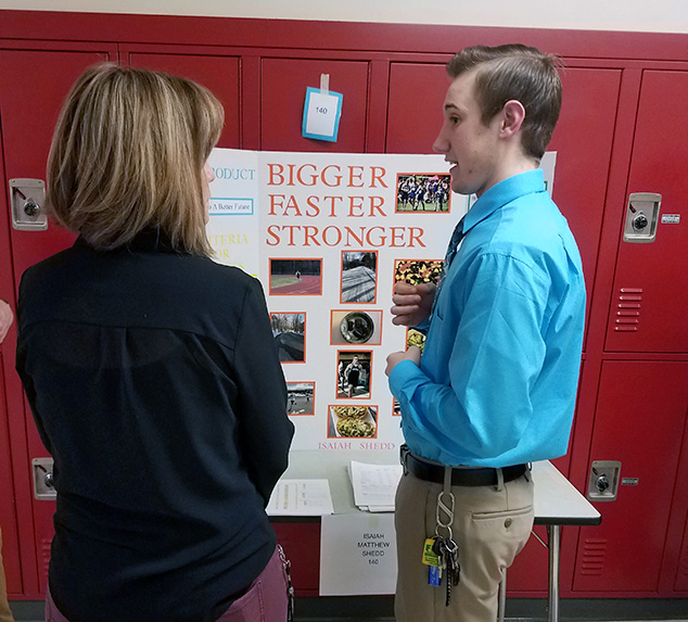 Andover Seniors Showcase Projects at MVHS