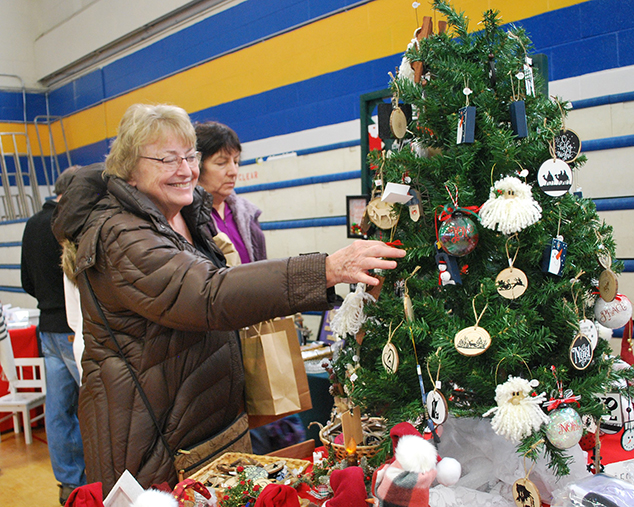 Volunteers Ensure Craft Fair's Success