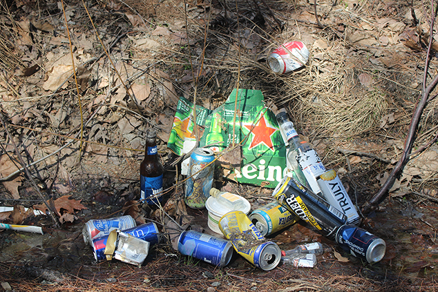 The Local Area Has A Problem With Nighttime Littering