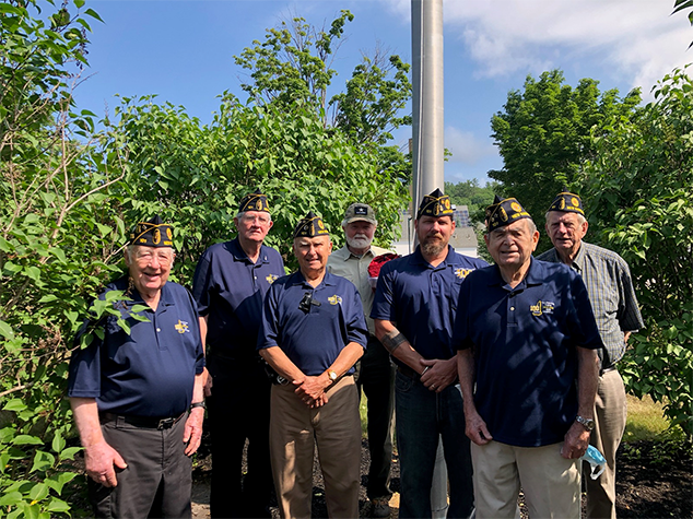 American Legion Raises the Flag on the Fourth