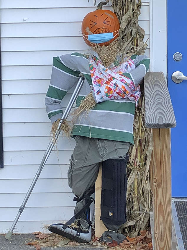 More Scarecrows Around Andover – 4