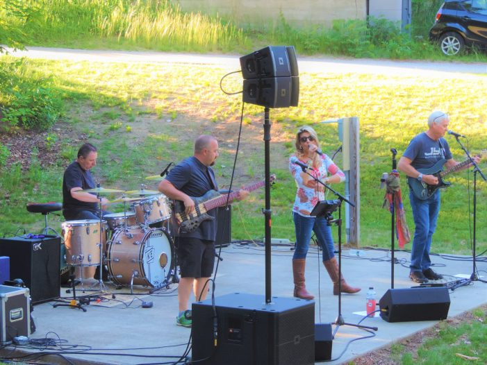 June Concert on the Green Brings Out Large Crowd