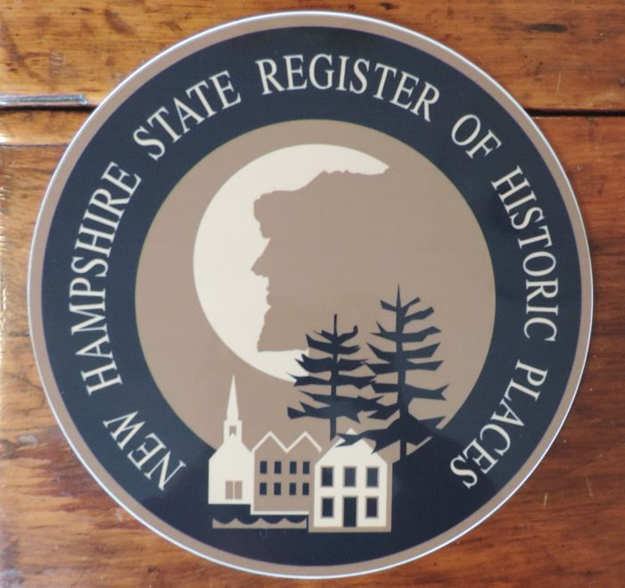 Plaque Shows Inclusion in Registry of Historic Places