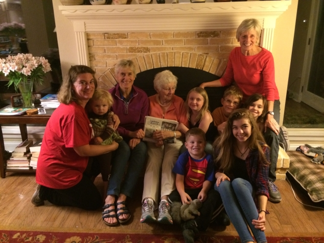 Betty Manahan with two daughters, Vicky Mishcon and Janet Moore, one granddaughter, and 6 great grandchildren at family gathering in Texas.
